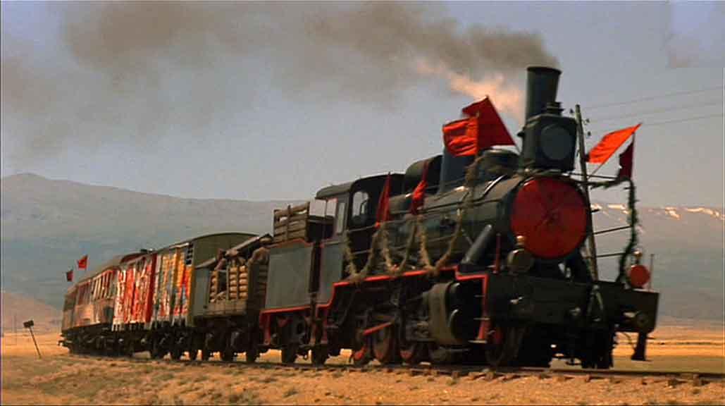 Ve Tren Yürüyor
